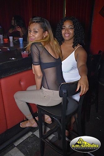 Ladies Night Out 18